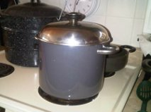 boil water w lid on